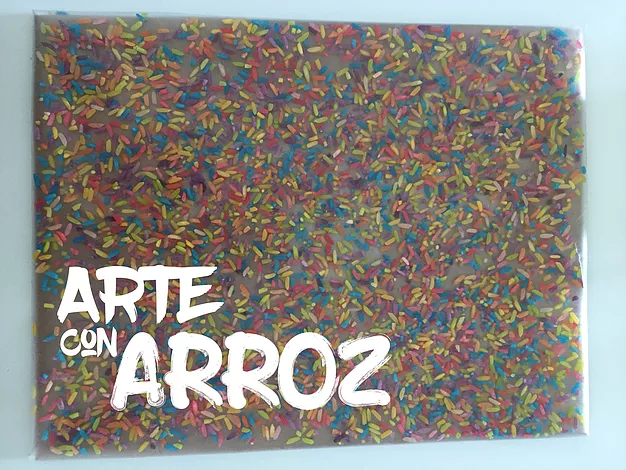 Arte con Arroz: Relieves coloridos